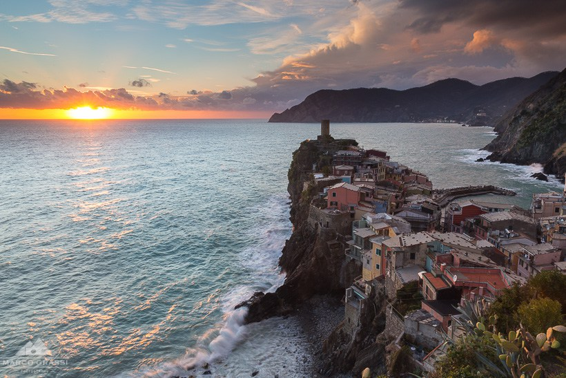 Vernazza-at-sunset