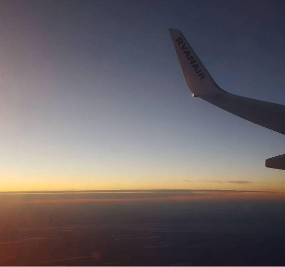Rasarit in avion